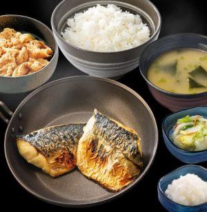 吉野家の夜定食「炙り塩鯖牛定食」