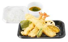 さん天持ち帰り「大いかと海老の天ぷら定食」690円