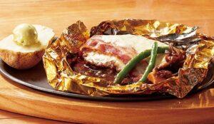 ココスのテイクアウト「たっぷりチーズと国産舞茸の包み焼きハンバーグ115g(ライス付き)」