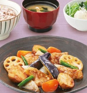 大戸屋の定食「すけそう鱈と野菜の黒酢あん定食」