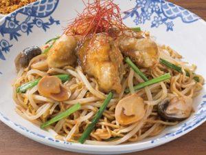 バーミヤン「大粒牡蠣のピリ辛焼そば」